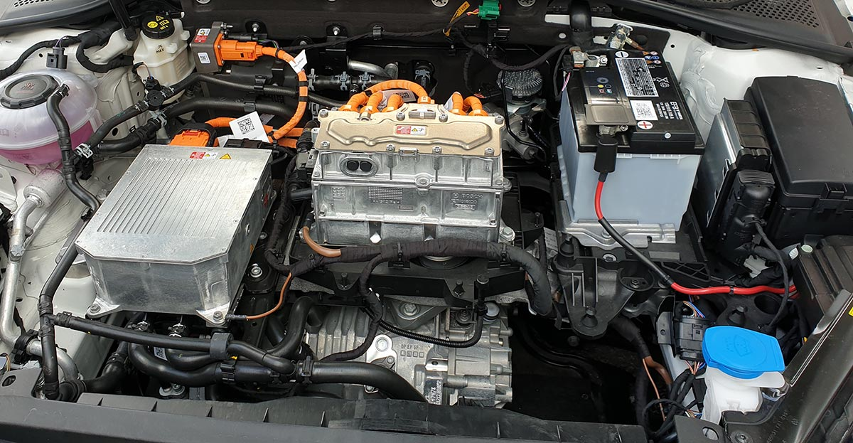 Hybrid car engine servicing repair